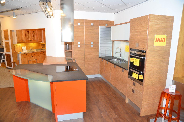 cuisine cesar prix cool cuisine cesar prix with cuisine cesar prix great medai crudo plate. Black Bedroom Furniture Sets. Home Design Ideas